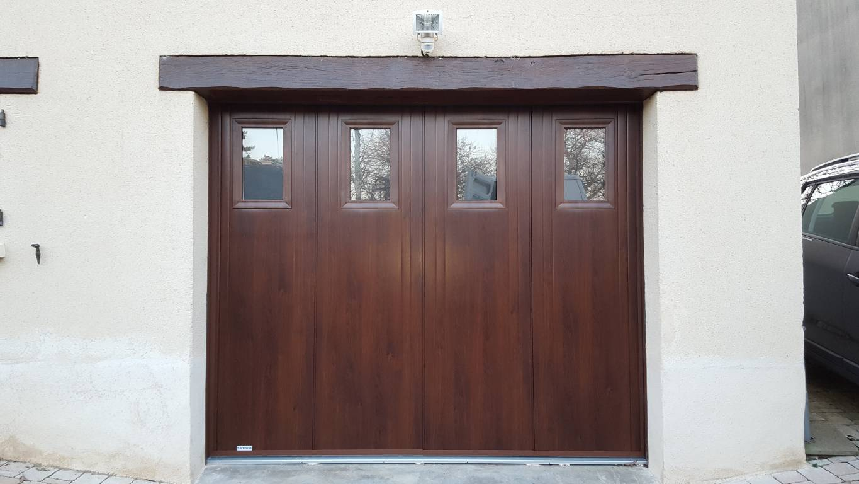 changer une porte de garage free prix de la pose d une porte entr e travaux com changer with. Black Bedroom Furniture Sets. Home Design Ideas