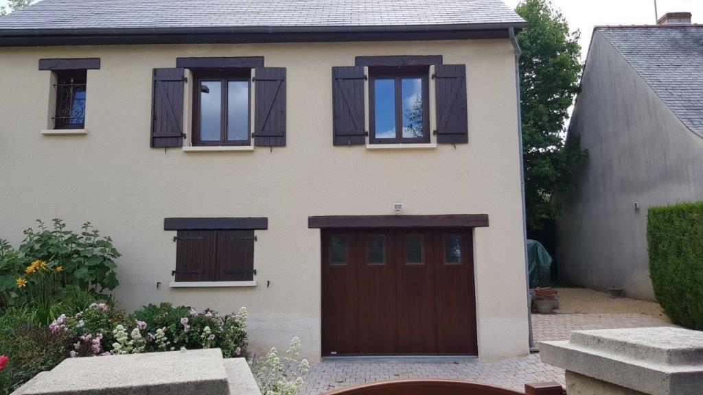 Changement de fenêtres et porte d 'entrée en pvc plaxé coloris châtaignier - Saint hilaire saint florent